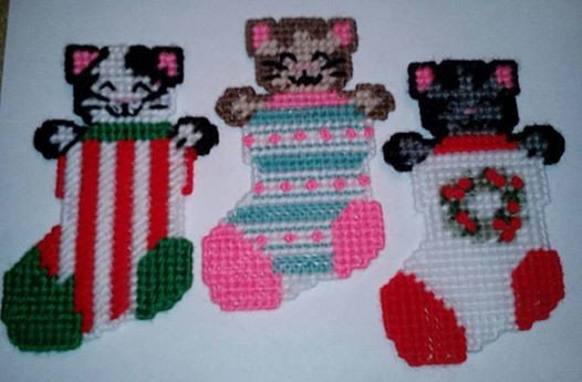 kitten cat christmas stocking ornaments 7ct plastic canvas pattern digital download - Plastic Canvas Christmas Ornaments