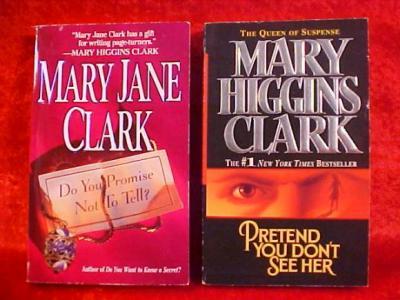 Lot of 10 Mary Higgins Clark Hardcover Books - I'll Walk Alone + more 033
