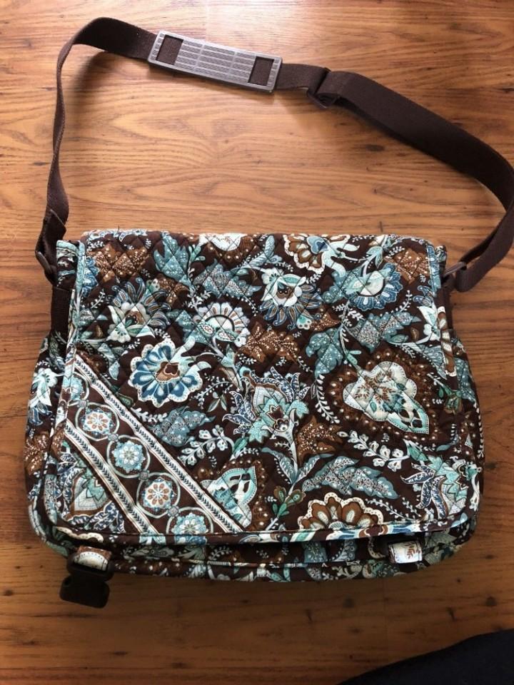 VERA BRADLEY Messenger Bag Large Crossbody JAVA BLUE Brown Laptop Case NWT 37afd7503e