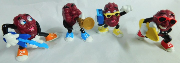 """California Raisins 2/"""" Captain Toonz Hardee/'s Figure Calrab 1988"""