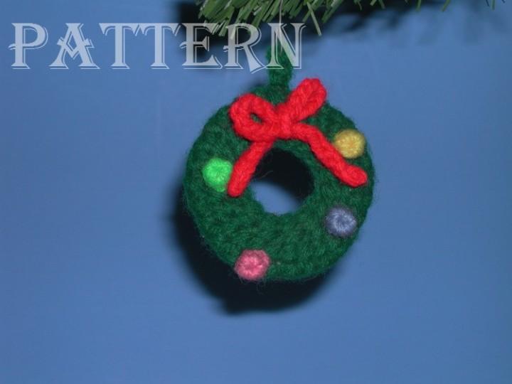 Ebluejay Crochet Crocheted Christmas Wreath Ornament Pattern C 022