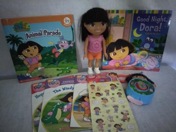 "Dora the Explorer Doll Pillow 16.5/"" Plush Backpack by Nick Jr"